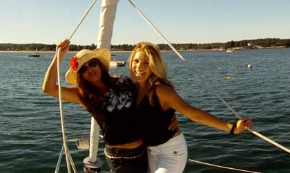 Bachelorette parties on sailing boat